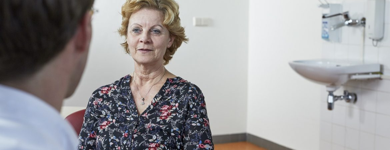 patiënte in overleg met arts Radboudumc